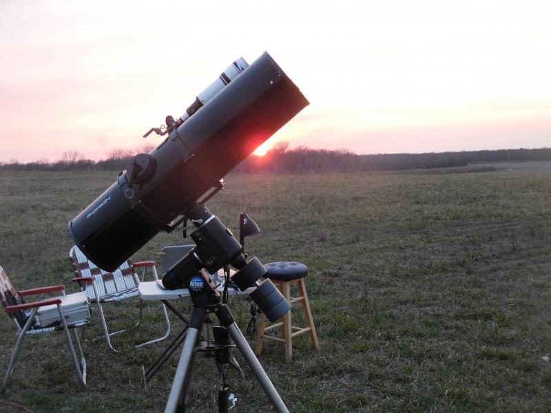 Telescope ready for the Sun to go down.